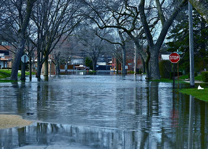 water damage cleanup in lake norman
